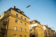 Vecchia casa gialla a in Germania - Monaco di Baviera Fotografia Stock