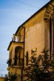 Vecchia casa italiana gialla Fotografie Stock
