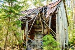 Vecchia casa ripartita fotografia stock libera da diritti
