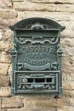 Vecchia cassetta della posta verde Italia Fotografia Stock Libera da Diritti