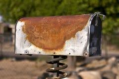 Vecchia cassetta postale arrugginita Fotografie Stock Libere da Diritti