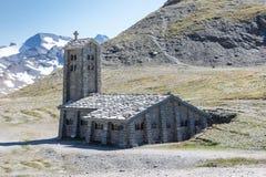 Vecchia chiesa a Colle di Iseran in Francia Immagine Stock