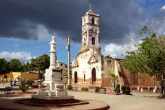 Vecchia chiesa cubana Fotografia Stock Libera da Diritti