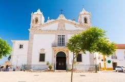 Vecchia chiesa a Lagos, Algarve, Portogallo del sud fotografie stock