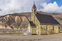 Vecchia chiesa trascurata del paese vicino al ponte di Spences Fotografia Stock Libera da Diritti