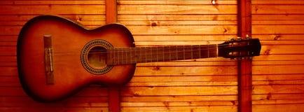 Vecchia chitarra Fotografie Stock