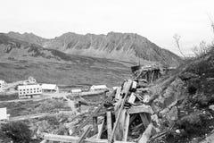 Vecchia città d'annata di estrazione dell'oro nell'Alaska Fotografia Stock Libera da Diritti