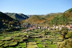 Vecchia città della montagna fotografia stock libera da diritti
