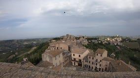 Vecchia città di Acquaviva Picena, regione della Marche, Italia, vista al rallentatore stock footage