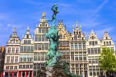 Vecchia città di Antwerpen belgium fotografie stock