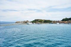 Vecchia città di Corfù sulla costa dell'isola di Corfù nel Se ionico fotografie stock libere da diritti
