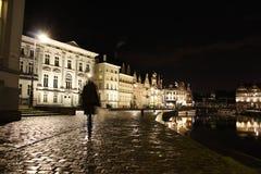 Vecchia città di Gand alla notte Fotografie Stock