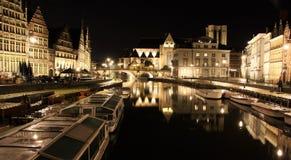 Vecchia città di Gand alla notte Fotografia Stock Libera da Diritti