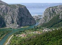 Vecchia città di Omis nel Croatia Fotografia Stock