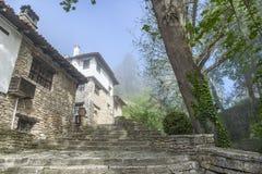 Vecchia città di pietra in Bulgaria fotografia stock