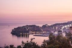 Vecchia città di Ragusa al tramonto fotografia stock libera da diritti
