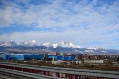 Vecchia città di Smokovec slovakia Paesaggi di inverno delle città e dei villaggi vicino alle catene montuose di alto Tatras Fotografie Stock