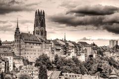 Vecchia città Fribourg, sguardo dell'annata della Svizzera immagine stock