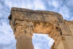 Vecchia colonna in rovine di Sbeitla Fotografia Stock