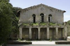 Vecchia costruzione del sud di estrazione mineraria della Sardegna immagini stock