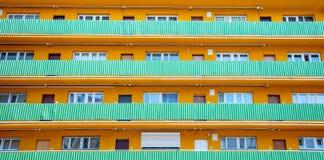 Vecchia costruzione di apartaments fatta in 70s Immagini Stock
