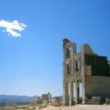 Vecchia costruzione di banca nella città fantasma Immagini Stock Libere da Diritti