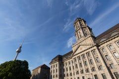 Vecchia costruzione di stadthaus a Berlino Germania fotografia stock