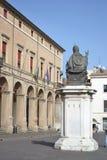 Vecchia costruzione medievale sulla piazza Cavour Immagine Stock Libera da Diritti