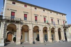 Vecchia costruzione medievale sulla piazza Cavour Fotografia Stock