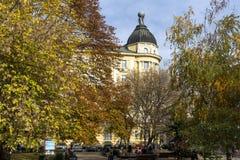 Vecchia costruzione nel centro della città di Sofia, Bulgaria Immagine Stock