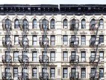 Vecchia costruzione nel lato est più basso di Manhattan, New York Immagine Stock