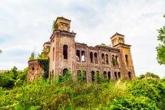 Vecchia costruzione rovinata della sinagoga in Vidin, Bulgaria fotografia stock