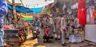 Vecchia Delhi, India - 30 gennaio 2018: Meena Bazaar - mercato vicino a Jama Masjid, vecchia Delhi immagine stock libera da diritti