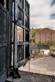 Vecchia distilleria abbandonata del corvo - Kentucky fotografia stock libera da diritti