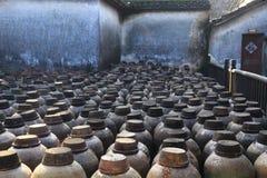 Vecchia distilleria ad un cortile in Cina fotografia stock