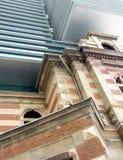 Vecchia e nuova architettura Immagini Stock