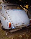 Vecchia ed automobile morta Fotografia Stock