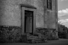 Vecchia entrata della casa Fotografia Stock Libera da Diritti