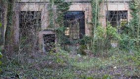 vecchia fabbrica abbandonata Fotografie Stock Libere da Diritti