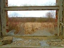 Vecchia fabbrica abbandonata a partire dai periodi comunisti immagini stock