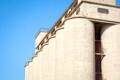 Vecchia fabbrica del cemento Immagini Stock Libere da Diritti