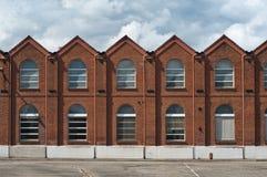 Vecchia facciata industriale fotografia stock libera da diritti