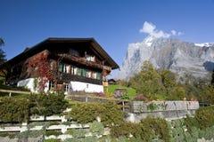 Vecchia fattoria della montagna in Grindelwald Fotografia Stock