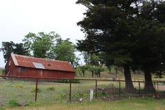 Vecchia fattoria rossa in San Luis Obispo Fotografia Stock