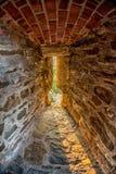 Vecchia feritoia del castello Immagine Stock