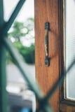 Vecchia finestra aperta fotografie stock