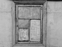 Vecchia finestra in bianco e nero Immagine Stock