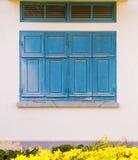 Vecchia finestra blu Fotografia Stock Libera da Diritti