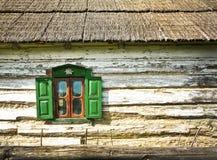 Vecchia finestra con gli otturatori Fotografia Stock