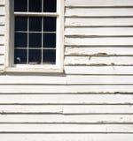 Vecchia finestra dell'incurvatura Immagini Stock Libere da Diritti